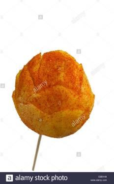 mango-on-a-stick-with-cayenne-pepper-CBB1H8